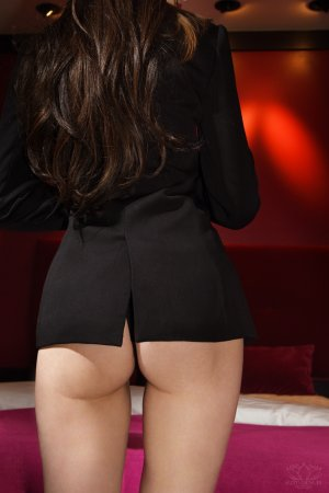 Haffida escort and nuru massage