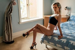 Clairette escort girls