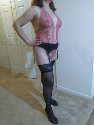 Stella-marie happy ending massage in Bedford, live escort